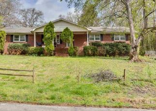 Pre Foreclosure in Pelzer 29669 OLD RIVER RD - Property ID: 1446865208
