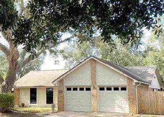 Pre Foreclosure in Gulf Breeze 32563 SANIBEL LN - Property ID: 1446947557