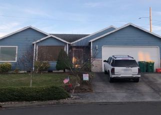 Pre Foreclosure in Troutdale 97060 SW EDGEFIELD AVE - Property ID: 1447446855