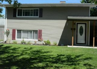 Pre Foreclosure in Maumee 43537 RICHLAND ST - Property ID: 1447651826
