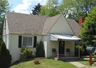 Pre Foreclosure in Mc Kees Rocks 15136 CABINDALE DR - Property ID: 1447906722