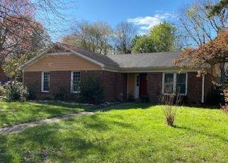 Pre Foreclosure in Greensboro 27407 PENNOAK RD - Property ID: 1448074463