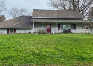 Pre Foreclosure in Paw Paw 49079 RIDGE RD - Property ID: 1448796237