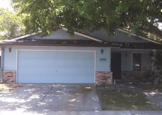 Pre Foreclosure in Los Banos 93635 SMOKEY DR - Property ID: 1448856242
