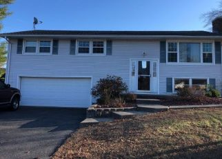 Pre Foreclosure in Ludlow 01056 QUINCY ST - Property ID: 1448901807