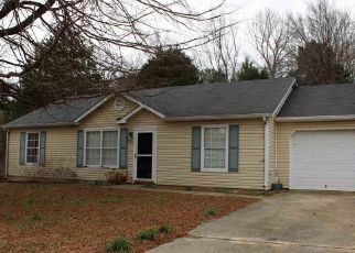 Pre Foreclosure in Toney 35773 BUFFALO CREEK DR - Property ID: 1448952158