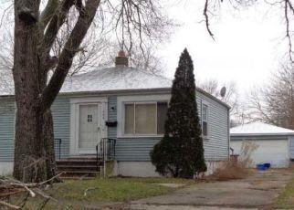 Pre Foreclosure in Hobart 46342 N CAVENDER ST - Property ID: 1449089243