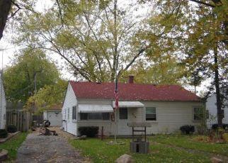Pre Foreclosure in Hobart 46342 N GUYER ST - Property ID: 1449116849