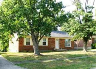 Pre Foreclosure in Elizabethtown 42701 HICKORY HILL DR - Property ID: 1449210120