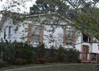 Pre Foreclosure in Pleasant Grove 35127 8TH ST - Property ID: 1449283715