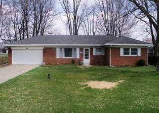 Pre Foreclosure in Crawfordsville 47933 N EVERETT ST - Property ID: 1449415537