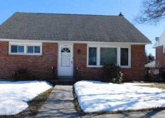 Pre Foreclosure in Reading 19607 COMMONWEALTH BLVD - Property ID: 1450542446