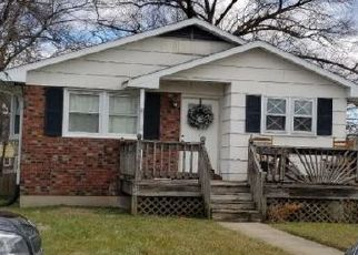 Pre Foreclosure in Parkville 21234 DUBOIS AVE - Property ID: 1450577485