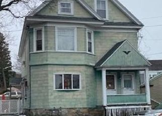 Pre Foreclosure in Methuen 01844 LOWELL ST - Property ID: 1451335173