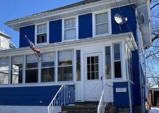 Pre Foreclosure in Lynn 01904 WENTWORTH PL - Property ID: 1451341758