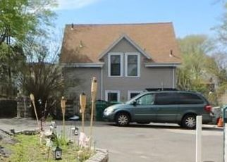 Pre Foreclosure in Lynn 01902 HIGH ROCK TER - Property ID: 1451726734