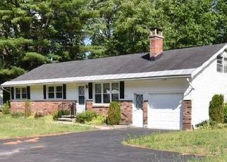 Pre Foreclosure in Saratoga Springs 12866 GEYSER RD - Property ID: 1451755643