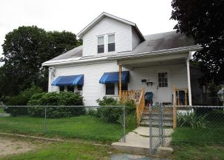 Pre Foreclosure in Fitchburg 01420 ROBERT ST - Property ID: 1451785865