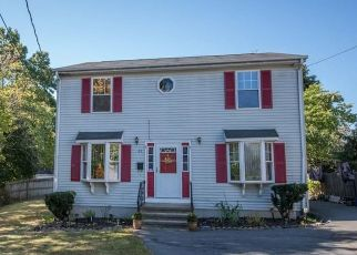 Pre Foreclosure in Hyde Park 02136 WILTON ST - Property ID: 1451988641