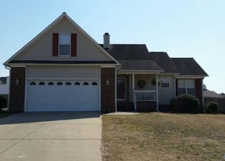Pre Foreclosure in Fayetteville 28314 BEAVER RUN DR - Property ID: 1452199300