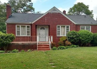 Pre Foreclosure in Greenville 29609 ASHTON AVE - Property ID: 1452214188
