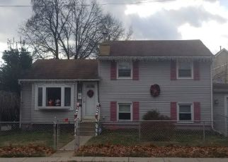 Pre Foreclosure in National Park 08063 WESLEY AVE - Property ID: 1452979779