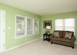 Pre Foreclosure in Toledo 43613 WICHITA RD - Property ID: 1453398923