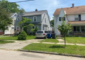 Pre Foreclosure in Toledo 43609 S WESTWOOD AVE - Property ID: 1453417302