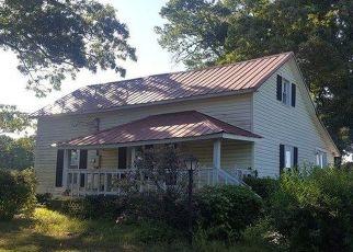 Pre Foreclosure in Roxboro 27574 MORTON PULLIAM RD - Property ID: 1453735719