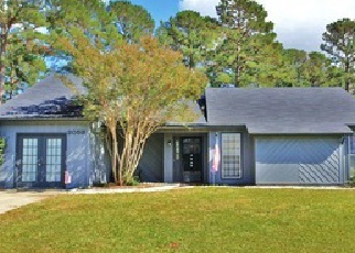 Pre Foreclosure in Midway Park 28544 HUNTERS RIDGE DR - Property ID: 1453747989