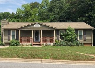 Pre Foreclosure in High Point 27265 WICKHAM AVE - Property ID: 1453780837