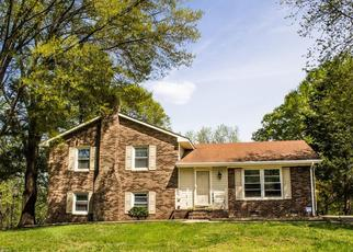 Pre Foreclosure in Winston Salem 27103 FOXCROFT DR - Property ID: 1453784775