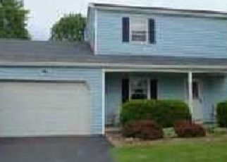 Pre Foreclosure in Rochester 14612 APPLEGROVE DR - Property ID: 1453875875