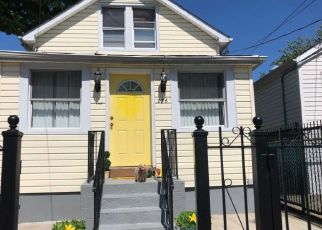 Pre Foreclosure in Bronx 10473 NEWMAN AVE - Property ID: 1453952511