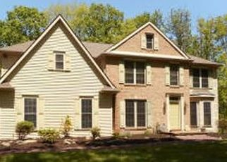 Pre Foreclosure in Mountain Top 18707 COUNTRY CLUB DR - Property ID: 1454561288