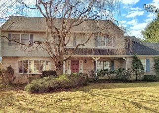 Pre Foreclosure in Macungie 18062 MEADOWVIEW DR - Property ID: 1454702770