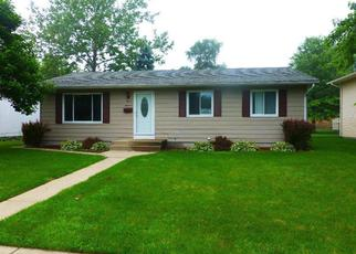 Pre Foreclosure in Hobart 46342 W 2ND ST - Property ID: 1454729926