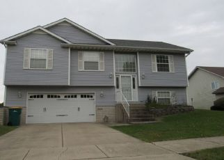 Pre Foreclosure in Merrillville 46410 LINCOLN ST - Property ID: 1454730801