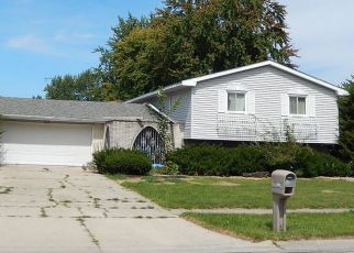 Pre Foreclosure in Crown Point 46307 E GREENWOOD AVE - Property ID: 1454734293