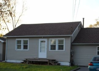 Pre Foreclosure in Lake Station 46405 E 35TH AVE - Property ID: 1454738684