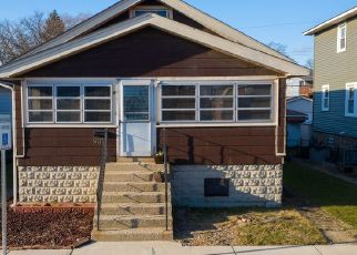 Pre Foreclosure in Whiting 46394 REESE AVE - Property ID: 1454742170