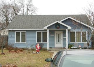 Pre Foreclosure in Lake Station 46405 WARREN ST - Property ID: 1454753125