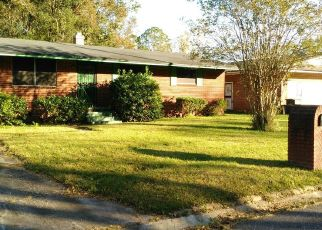 Pre Foreclosure in Jacksonville 32209 RICHARDSON HEIGHTS PL - Property ID: 1455003201