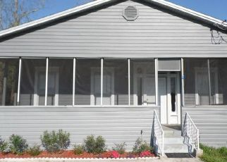 Pre Foreclosure in Jacksonville 32208 W 45TH ST - Property ID: 1455053583