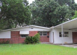 Pre Foreclosure in Jacksonville 32211 CESERY BLVD - Property ID: 1455114456