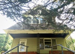 Pre Foreclosure in Council Bluffs 51503 HIGH ST - Property ID: 1455149496