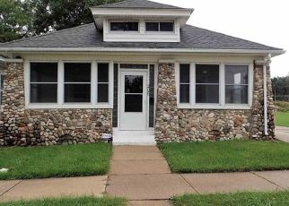 Pre Foreclosure in South Bend 46619 S MEADE ST - Property ID: 1455205561