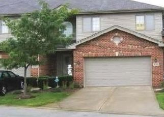 Pre Foreclosure in Tinley Park 60487 PERTH CIR - Property ID: 1455391254
