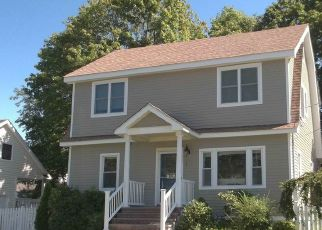 Pre Foreclosure in Fairfield 06824 ALDEN ST - Property ID: 1455763989
