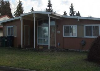 Pre Foreclosure in Seattle 98148 S 188TH ST - Property ID: 1456909718